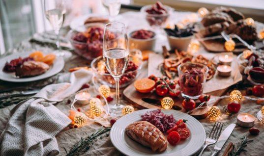 Γιαγιά χρέωσε… κατ' άτομο για το χριστουγεννιάτικο τραπέζι