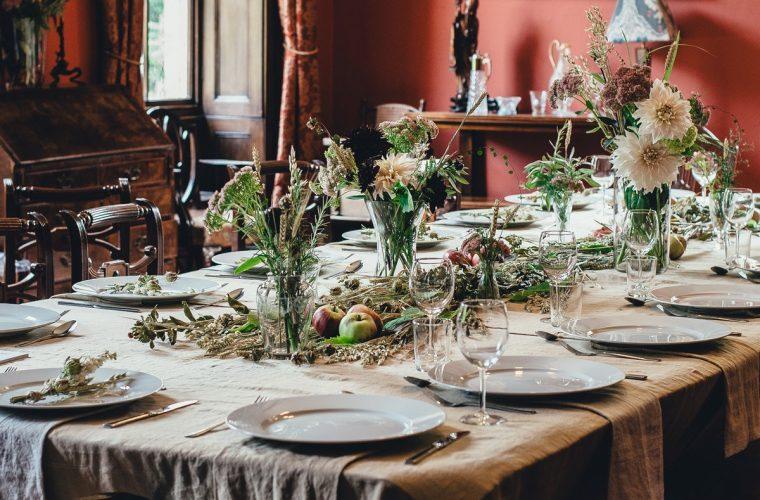 Tips οργάνωσης για το χριστουγεννιάτικο τραπέζι