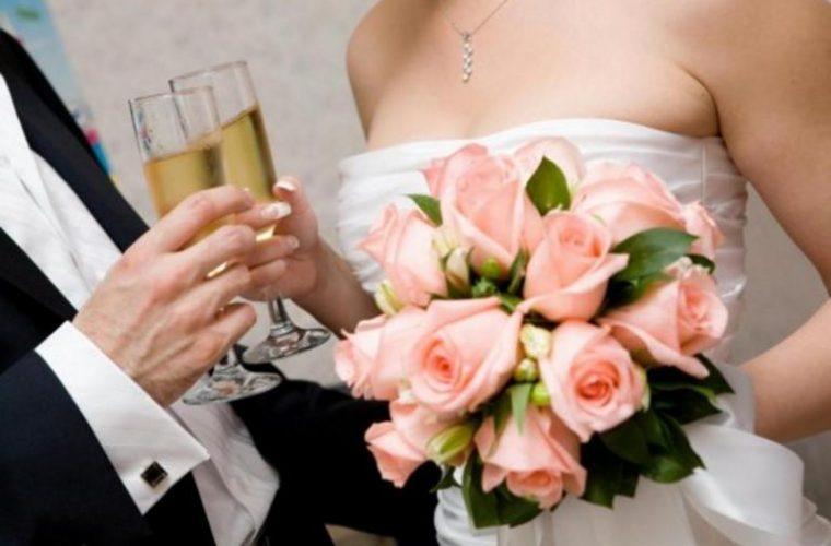 Τρίκαλα: Ο γάμος διαλύθηκε με χαστούκια της πεθεράς στη νύφη! Διαζύγιο και μηνύσεις