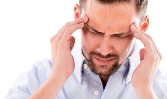 Μηνιγγίωμα στο κεφάλι: Αυτά είναι τα πρώτα συμπτώματα
