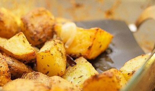 Τραγανές πατάτες φούρνου με μπύρα: Ίσως δεν έχεις φάει πιο νόστιμες