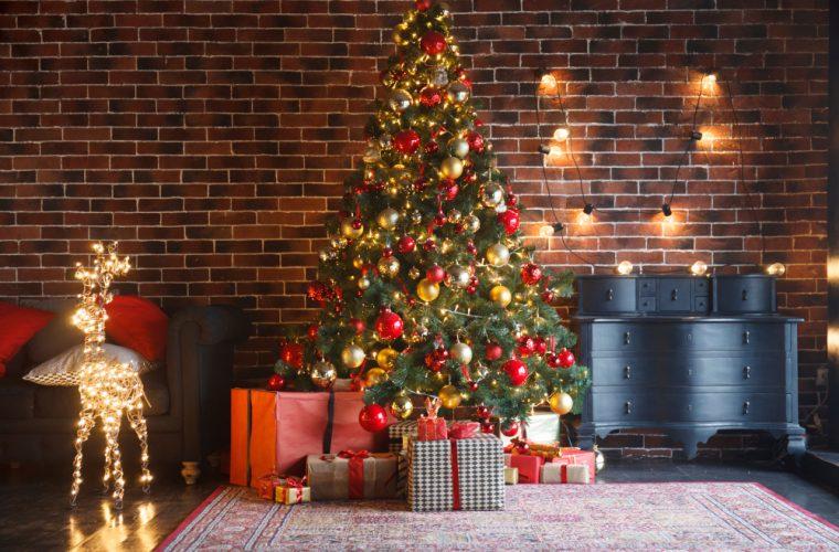 «Τι να μην κάνεις στο στολισμό του χριστουγεννιάτικου δέντρου» -Τα τιπς μιας ειδικής διακοσμήτριας