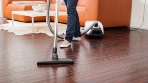 5 πράγματα που δεν πρέπει ποτέ να καθαρίζεις με την ηλεκτρική σκούπα