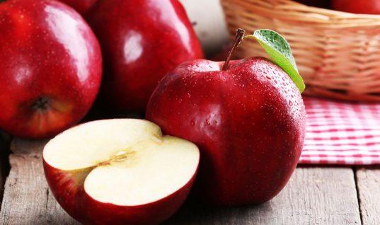 Το κόλπο για να διατηρούνται τα μήλα φρέσκα!