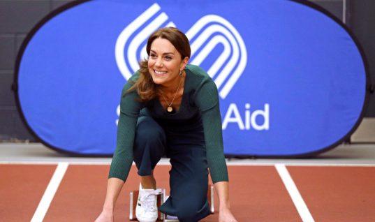 Η Κέιτ Μίντλετον με φοβερή ζιπ κιλότ από τα Zara- Κοστίζει μόλις 8 ευρώ και θα την φοράς όλη την άνοιξη!