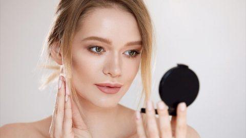 Το προϊόν που κάνει το μακιγιάζ πιο φυσικό και πιο λαμπερό!