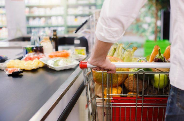 Αμερικανός γιατρός δείχνει βήμα-βήμα πως πρέπει να απολυμαίνεις τα ψώνια του σούπερ μάρκετ (vid)