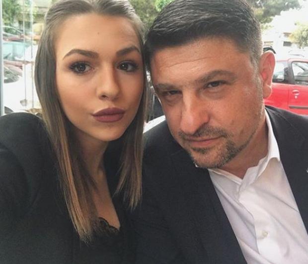 Νίκος Χαρδαλιάς: Η κόρη του είναι φοιτήτρια Νομικής και είναι πανέμορφη! (εικόνες)
