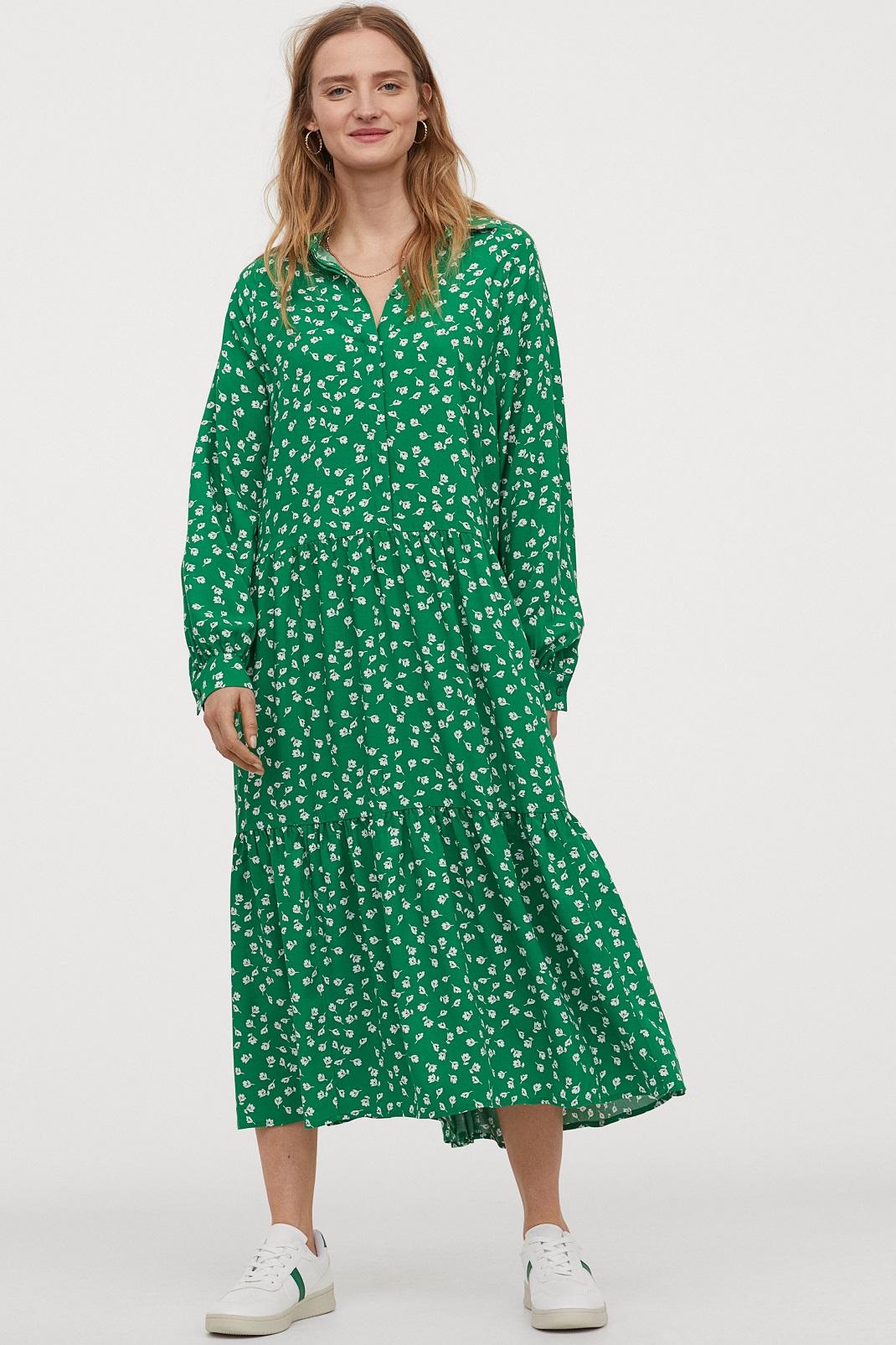 Άνετο και στιλάτο: Το φλοράλ φόρεμα της Παπουτσάκη είναι H&M και κοστίζει 20 ευρώ!