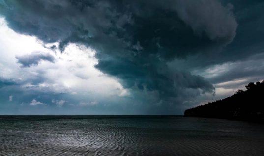 Καιρός: Επιδείνωση του καιρού με βροχές και καταιγίδες