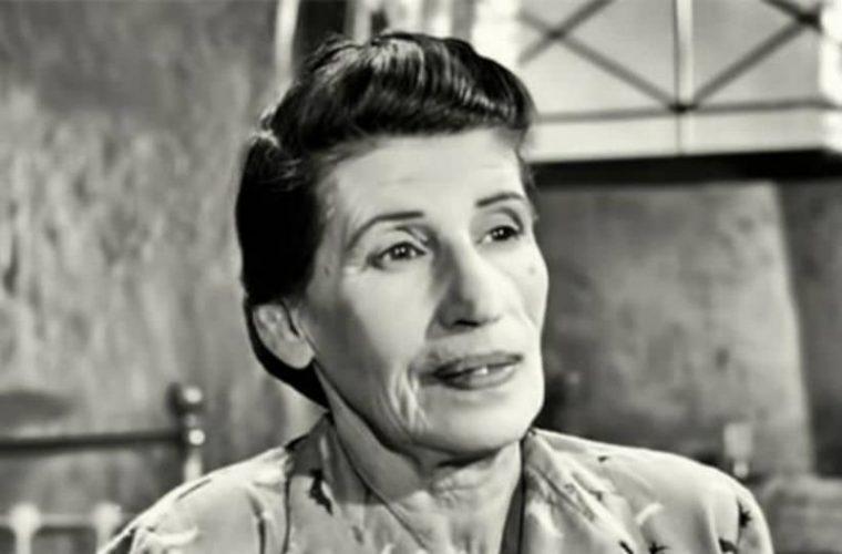 Γεωργία Βασιλειάδου: Η πιο «άσχημη» του ελληνικού κινηματογράφου στην εφηβεία ήταν μια καλλονή (εικόνες)