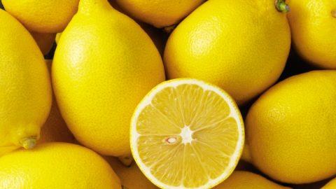 Το κόλπο για να διατηρήσετε τα λεμόνια φρέσκα για ένα μήνα