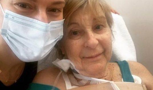 Πανευτυχής η Ζέτα Δούκα μετά το δύσκολο χειρουργείο της μητέρας της: ««ΜΑΝΑ- ΜΗΤΕΡΑ- ΜΑΜΑ»