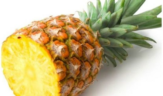 Ανανάς: Το καλοκαιρινό φρούτο για ισχυρά οστά και αντιοξειδωτική δράση!