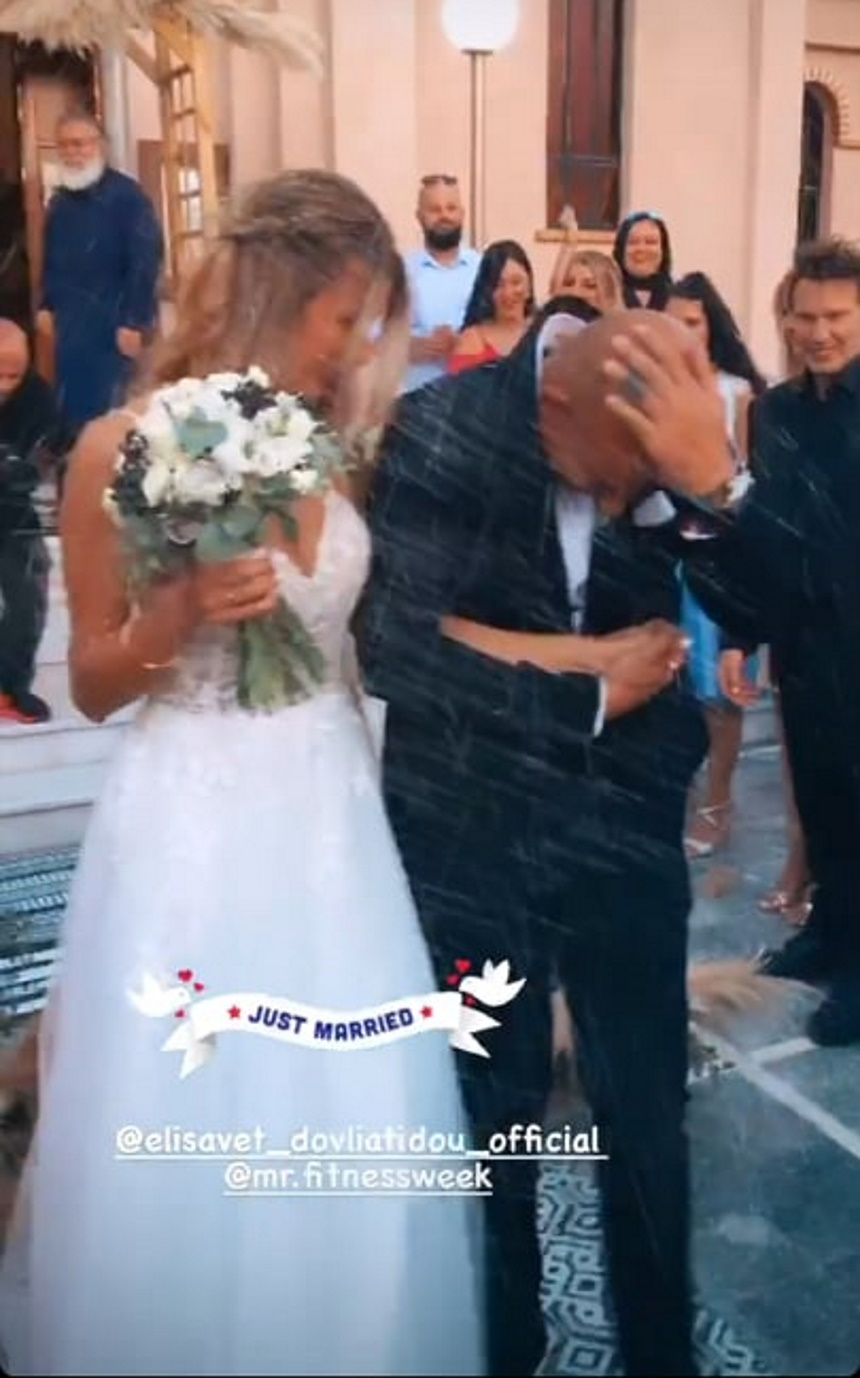 Παντρεύτηκε πρώην παίκτρια του Survivor 1! (εικόνες)