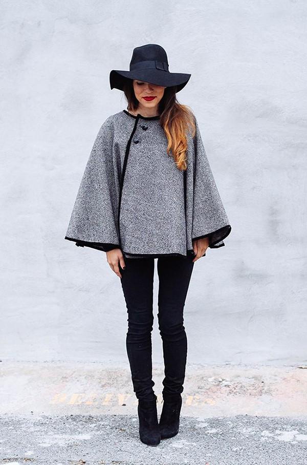 Το ρούχο που δεν πρέπει να λείπει από καμία γυναικεία ντουλάπα το φετινό χειμώνα! Άνετο, διαχρονικό και ζεστό (εικόνες)