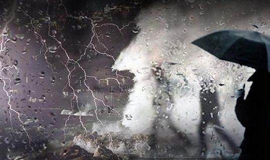 Ισχυρή κακοκαιρία από την Τετάρτη και «χειμώνα» στις αρχές του Νοεμβρίου προβλέπει ο Μαρουσάκης