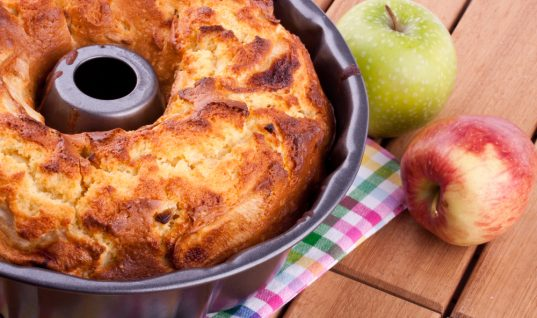 Γρήγορο Κέικ μήλου!