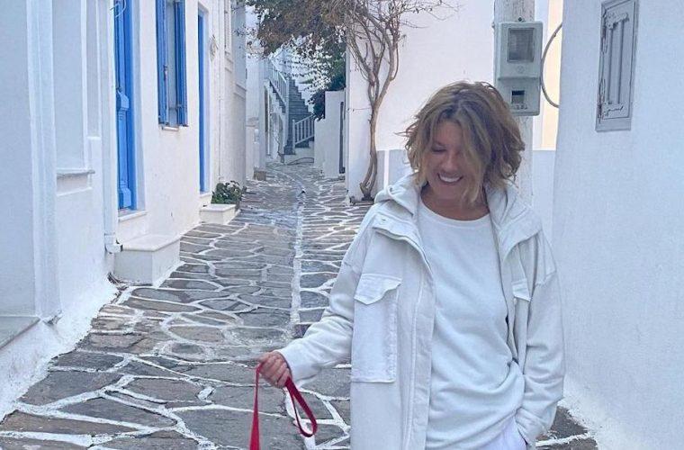 Σοφία Αλιμπέρτη: Το τεράστιο σαλόνι της είναι ο ορισμός του νησιώτικου! (εικόνα)