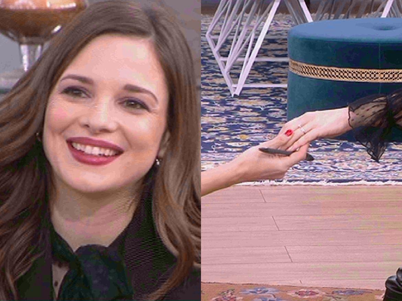 Ευγενία Δημητροπούλου: Αποκαλύπτει πως της έγινε πρόταση γάμου και μας δείχνει το μονόπετρο!