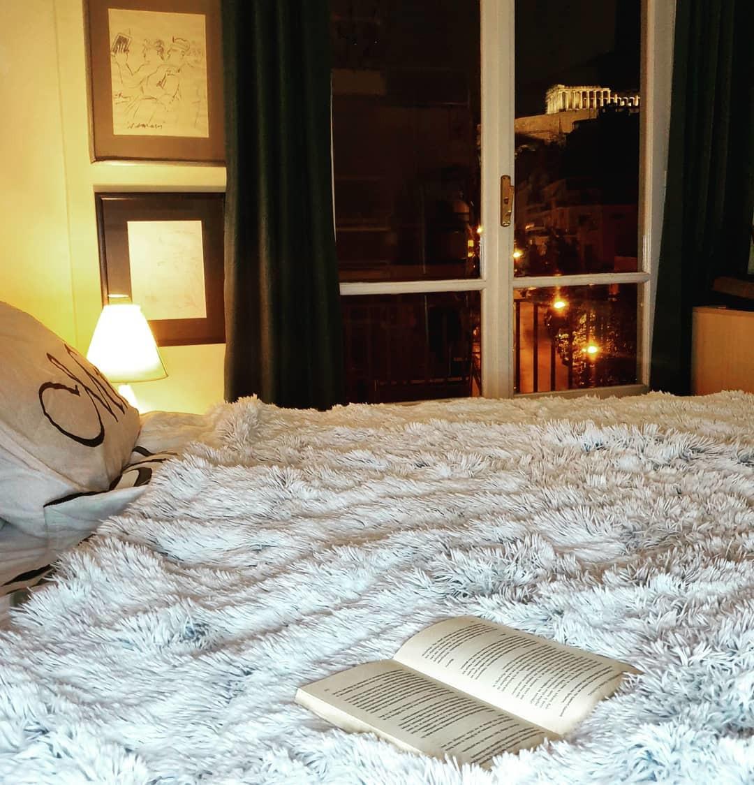 Το υπέροχο σπίτι των Τζώρτζογλου- Μαριόλα: Θα ξετρελαθείς με την κρεβατοκάμαρά τους! (εικόνες)
