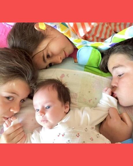 Ελένη Μενεγάκη: Η Μαρίνα γίνεται 6 ετών και της εύχεται με φωτογραφίες της από μωράκι μέχρι σήμερα! (εικόνες)