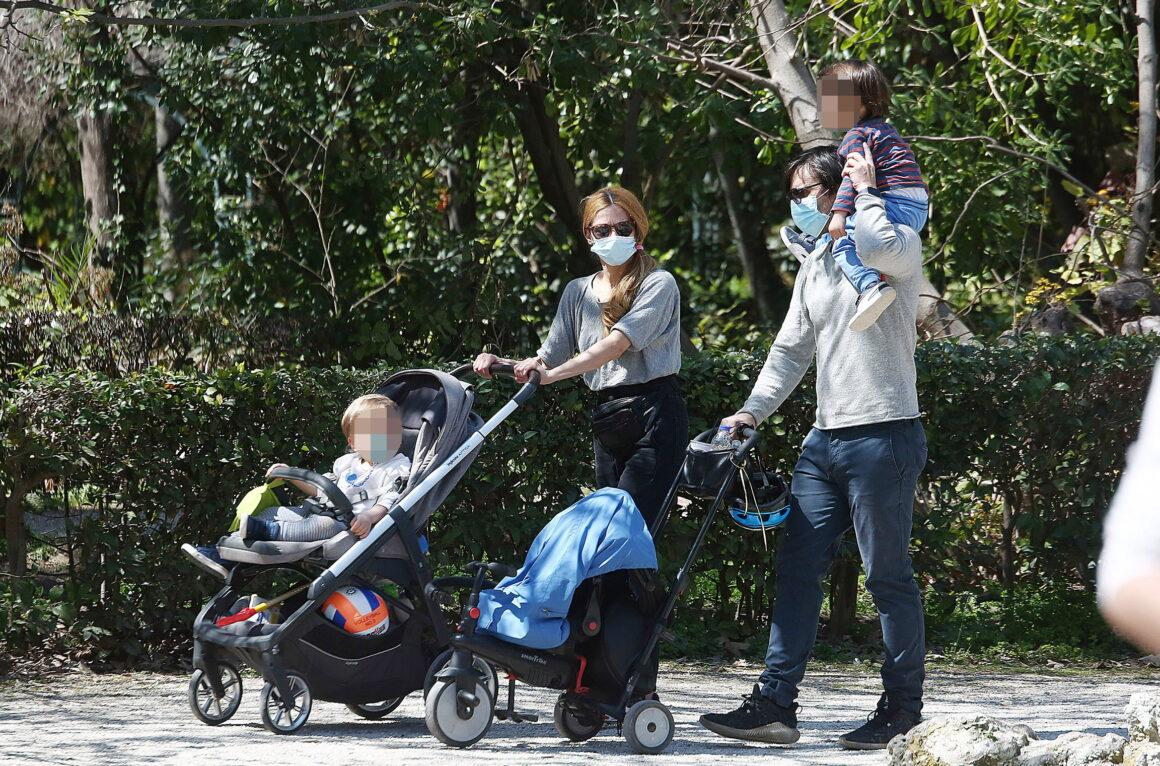 Ιωάννα Παππά – Λένα Παπαληγούρα: Βόλτα και παιχνίδια με τους γιους τους! (εικόνες)