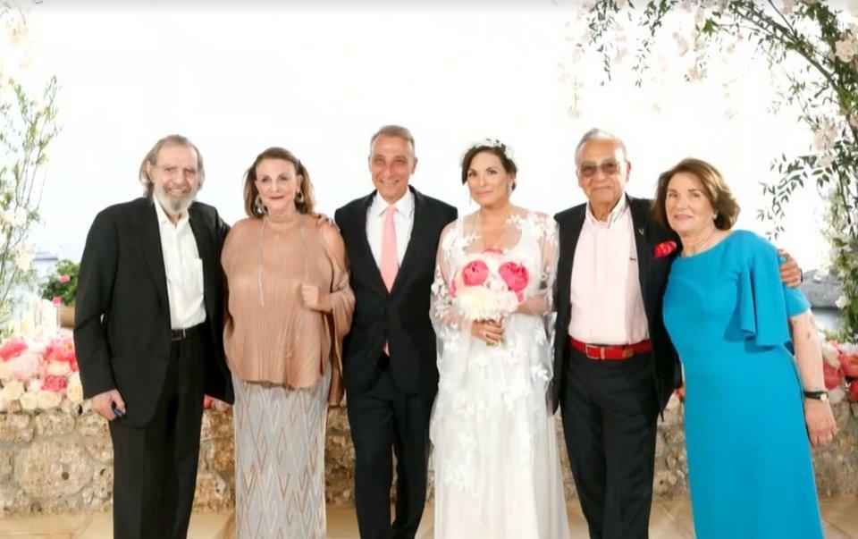 Oλγα Κεφαλογιάννη: Η φωτογραφία με το νυφικό της που το εμπνεύστηκε η ίδια!