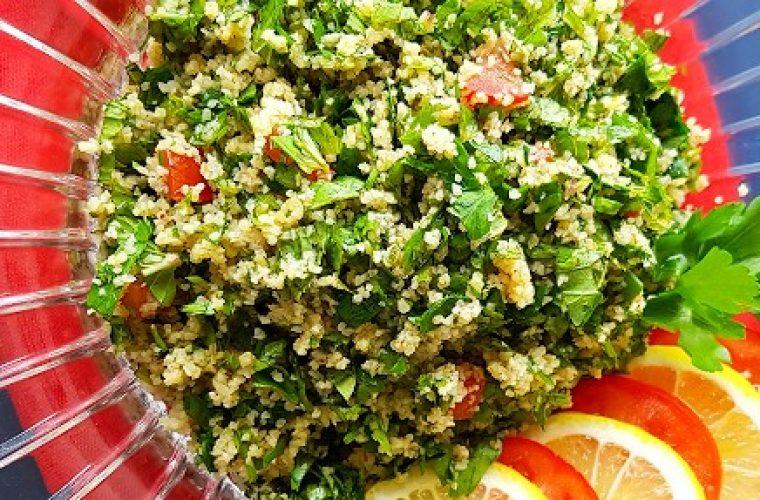 Χορταστική και αποτοξινωτική σαλάτα που ισοδυναμεί με ένα γεύμα!