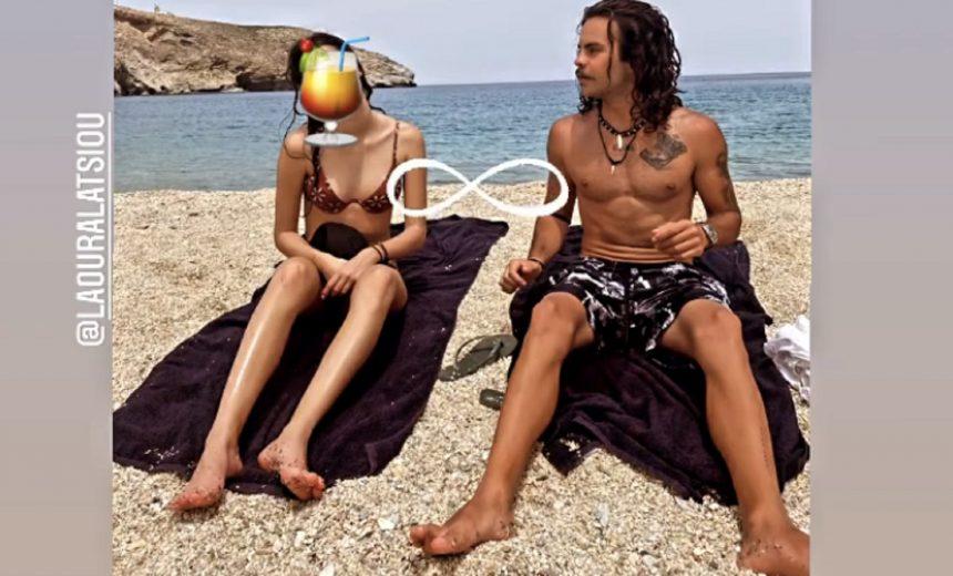 Ο Άγγελος Λάτσιος παίζει με τις αδερφές του στην παραλία- Ψηλές και λεπτές! (εικόνες)