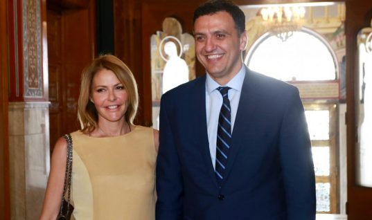 Eπιστολή στα ΜΜΕ από τον Βασίλη Κικίλια και τη Τζένη Μπαλατσινούγια τη βάφτιση του γιου τους
