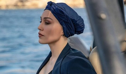 Πηνελόπη Αναστασοπούλου: «Άρχισαν να πέφτουν τα μαλλιά μου, έφευγαν οι τούφες στα χέρια μου»
