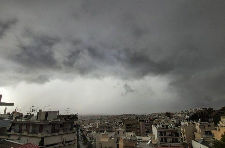 «Ασανσέρ» η θερμοκρασία: Κάθετη πτώση θερμοκρασίας με 9 βαθμούς κάτω από το κανονικό για την εποχή και ξανά άνοδος