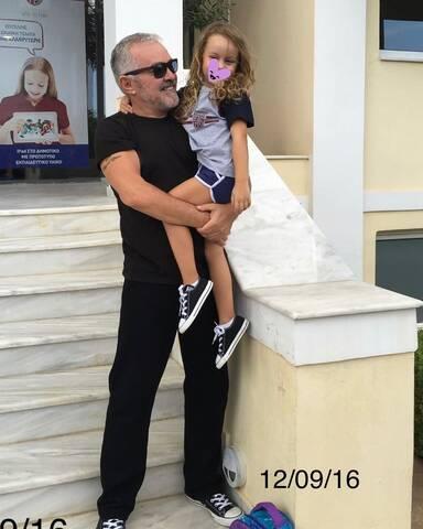 Πέγκυ Ζήνα- Γιώργος Λύρας: Η 10χρονη κόρης τους είναι πανύψηλη και έφτασε τον μπαμπά της! (εικόνες)