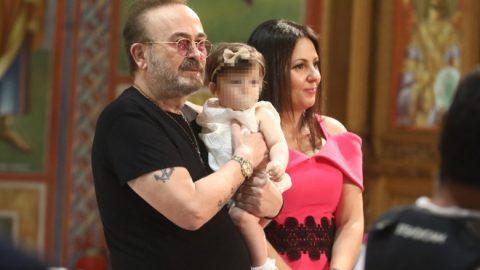 Ο Σταμάτης Γονίδης βάφτισε την κόρη του- Οι διάσημοι καλεσμένοι (εικόνες)