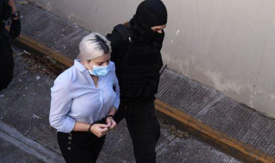 Δίκη για βιτριόλι: Ενοχή για απόπειρα ανθρωποκτονίας με ενδεχόμενο δόλο προτείνει ο εισαγγελέας