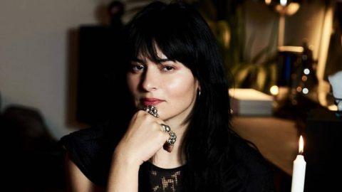 Ζενεβιέβ Μαζαρί: Το ιδιαίτερο σαλόνι της με τον επιβλητικό μπουφέ! (εικόνες)
