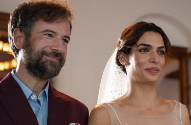 Πανέμορφη νύφη η Τόνια Σωτηροπούλου: Μας δείχνει το νυφικό του γάμου της με τον Κωστή Μαραβέγια! (εικονες)